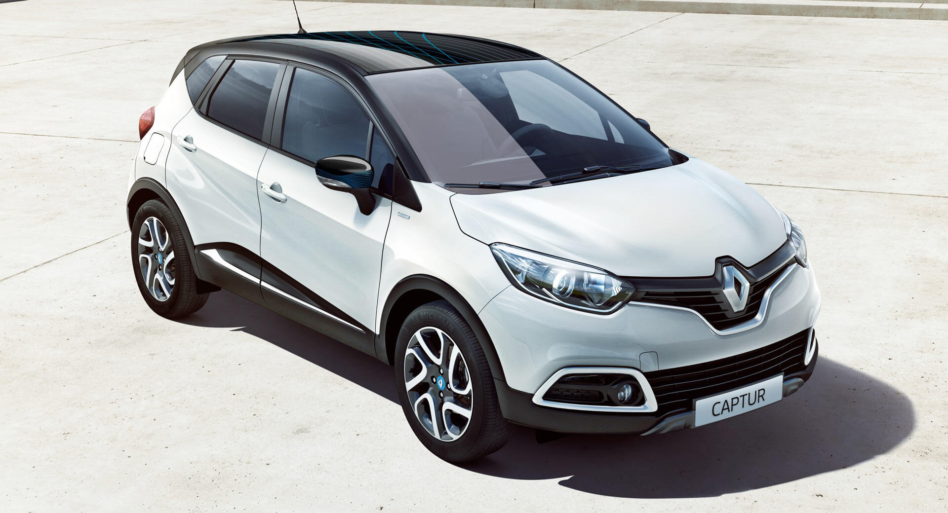 second gen renault captur expected next year with phev. Black Bedroom Furniture Sets. Home Design Ideas
