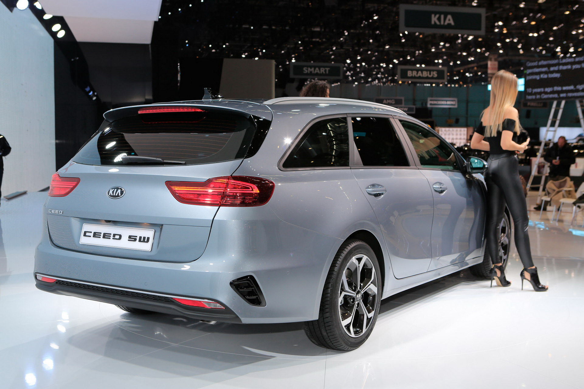 2019 kia ceed sportswagon revealed in geneva with some very bmw ish taillights. Black Bedroom Furniture Sets. Home Design Ideas