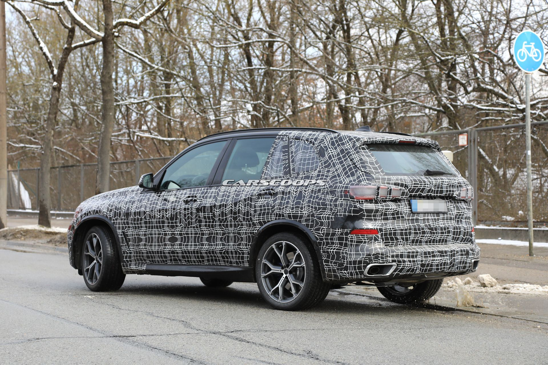 2019 bmw x5 everything we know plus our first good look inside carscoops. Black Bedroom Furniture Sets. Home Design Ideas