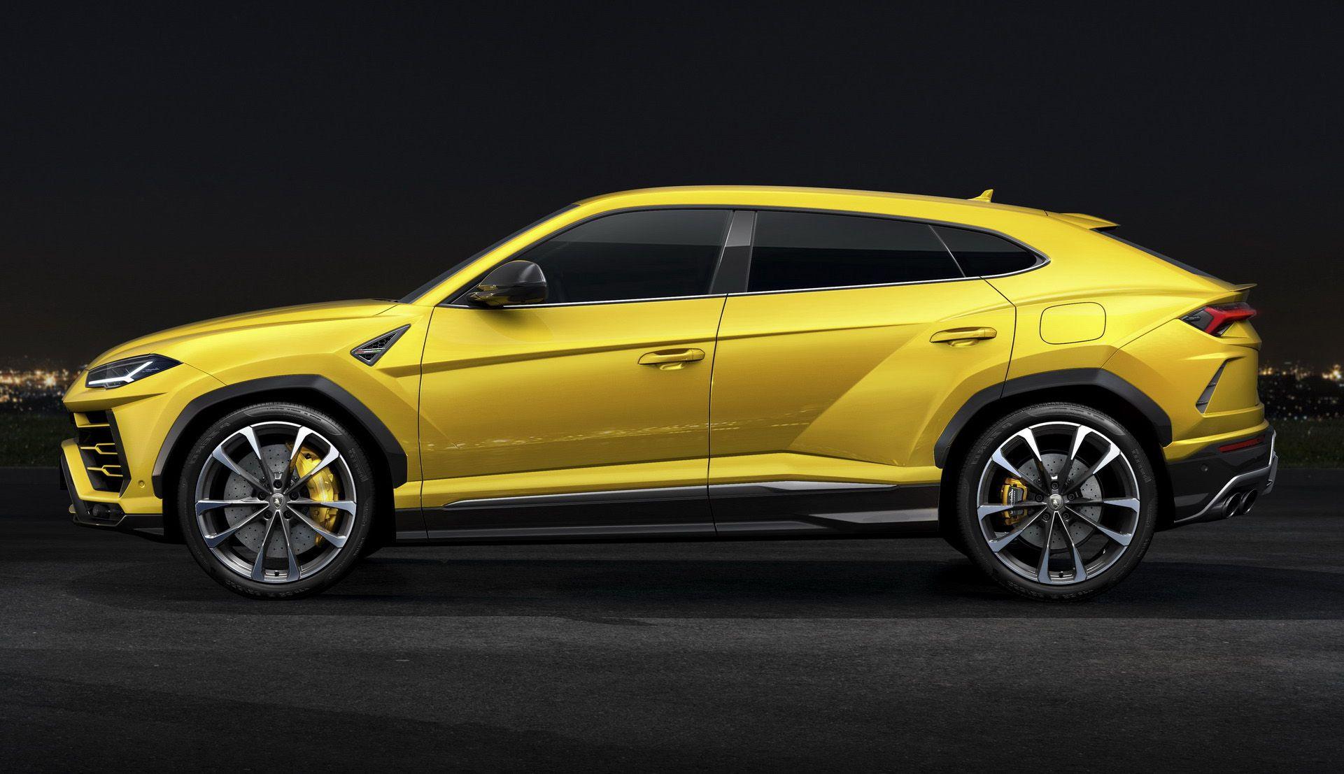 Huansu Hyosow C60: Chinas $15,000 Lamborghini Urus Clone Debuts In The Flesh  Carscoops