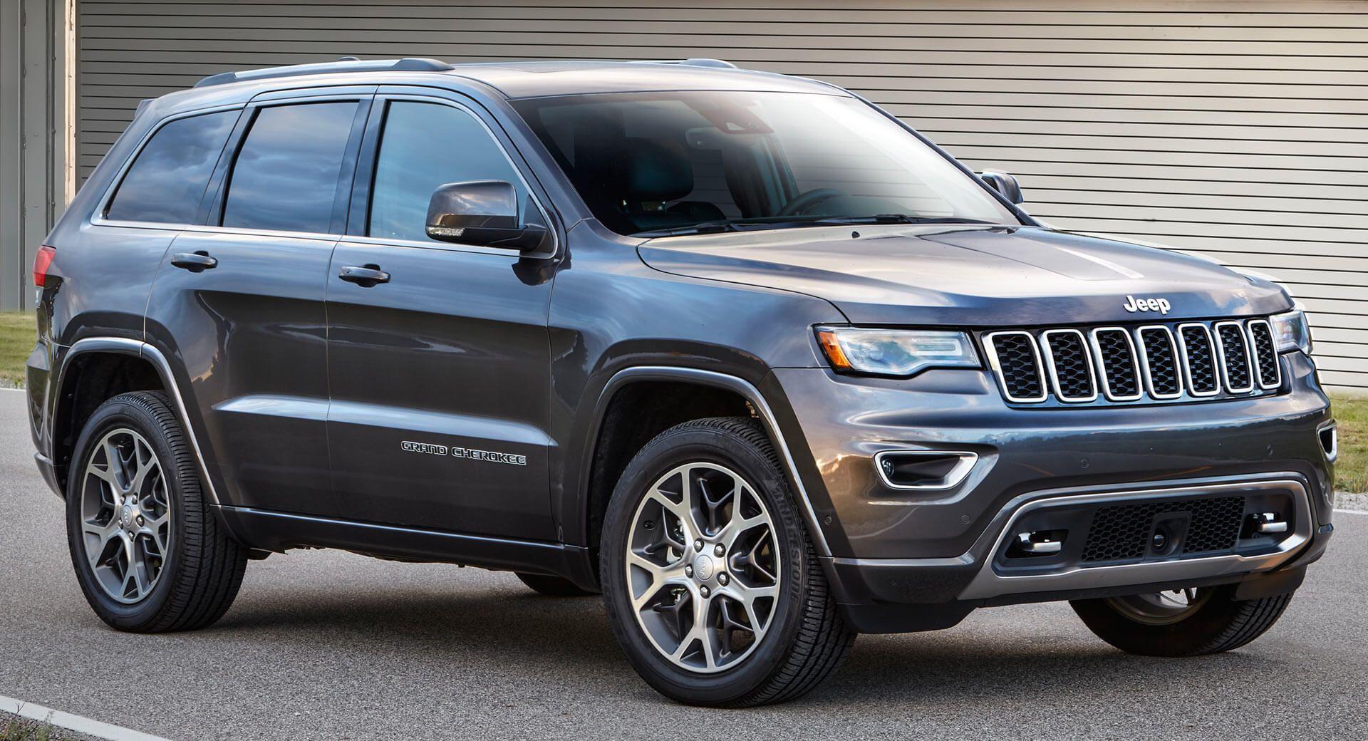 next jeep grand cherokee will ride on alfa romeo 39 s giorgio platform carscoops. Black Bedroom Furniture Sets. Home Design Ideas