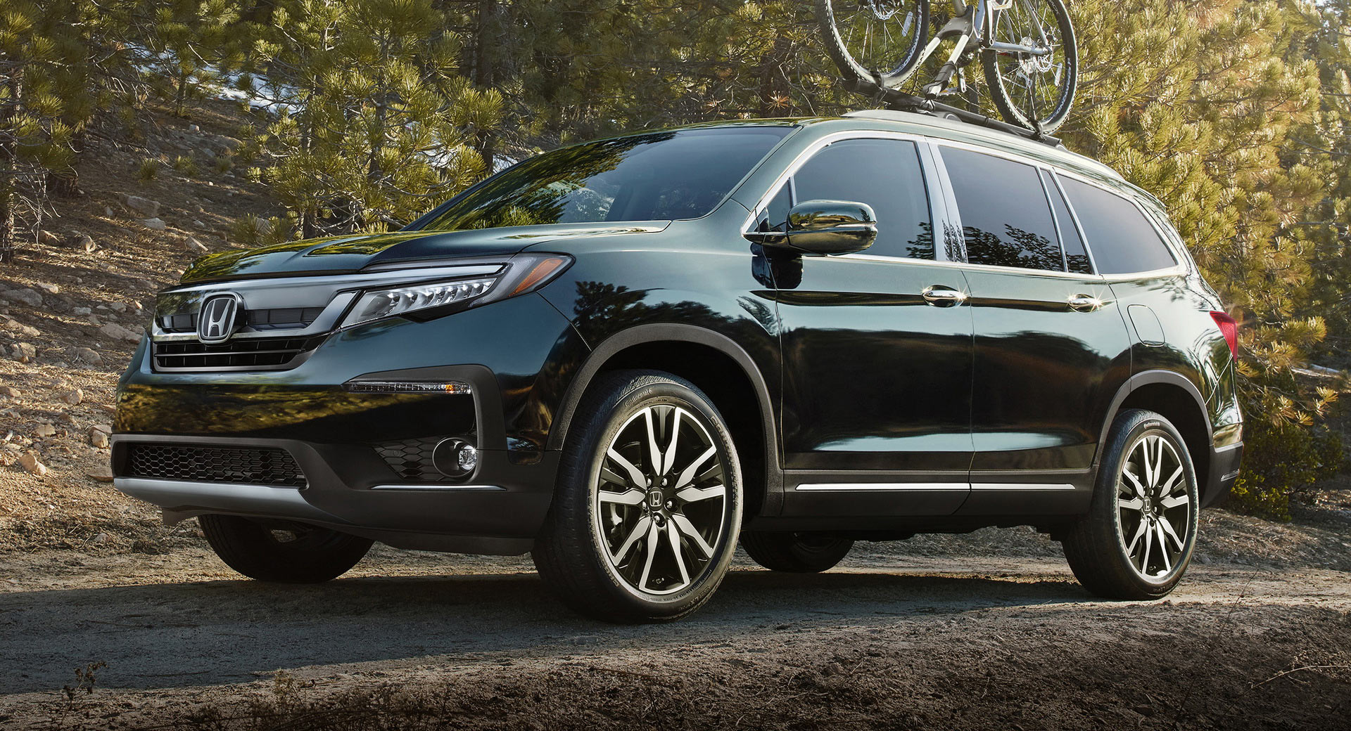 Facelifted 2019 honda pilot arrives with new tech and for Honda pilot images