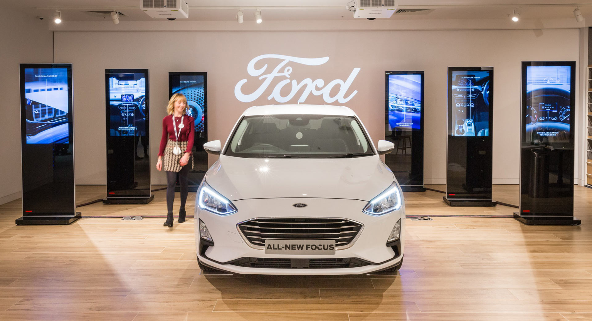 you can now buy a ford online in the uk and have it delivered at your door carscoops. Black Bedroom Furniture Sets. Home Design Ideas