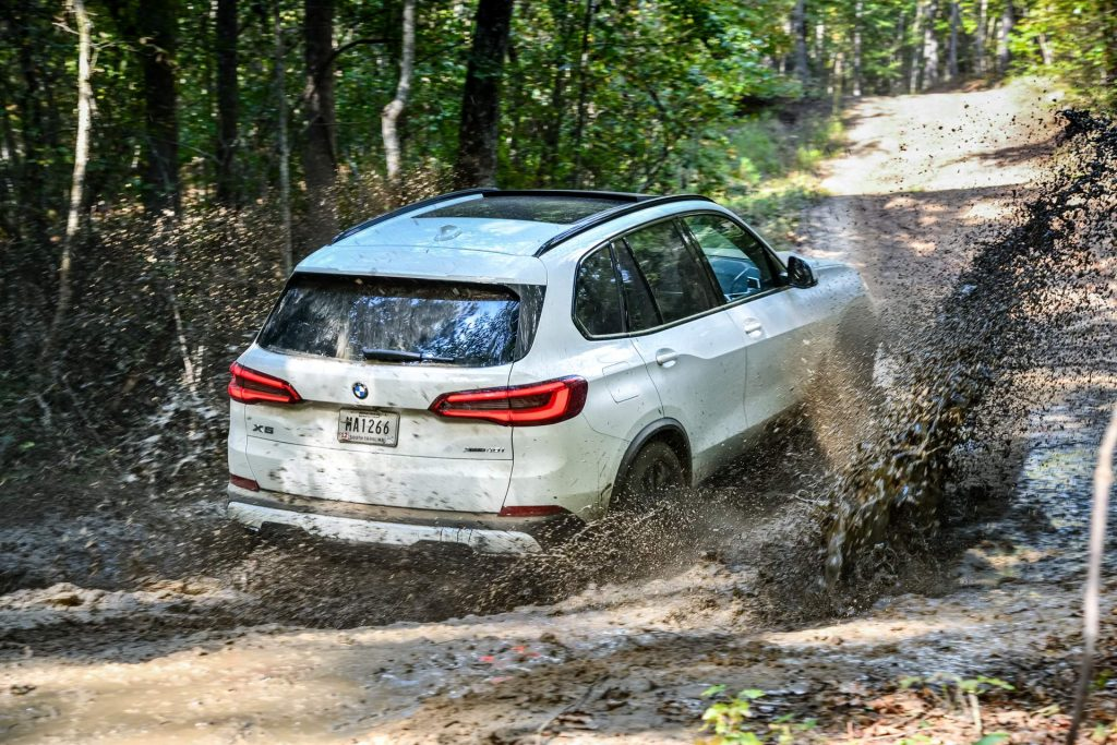 Your 2019 Bmw X5 Photo Gallery Is Here And It S Huge Carscoops