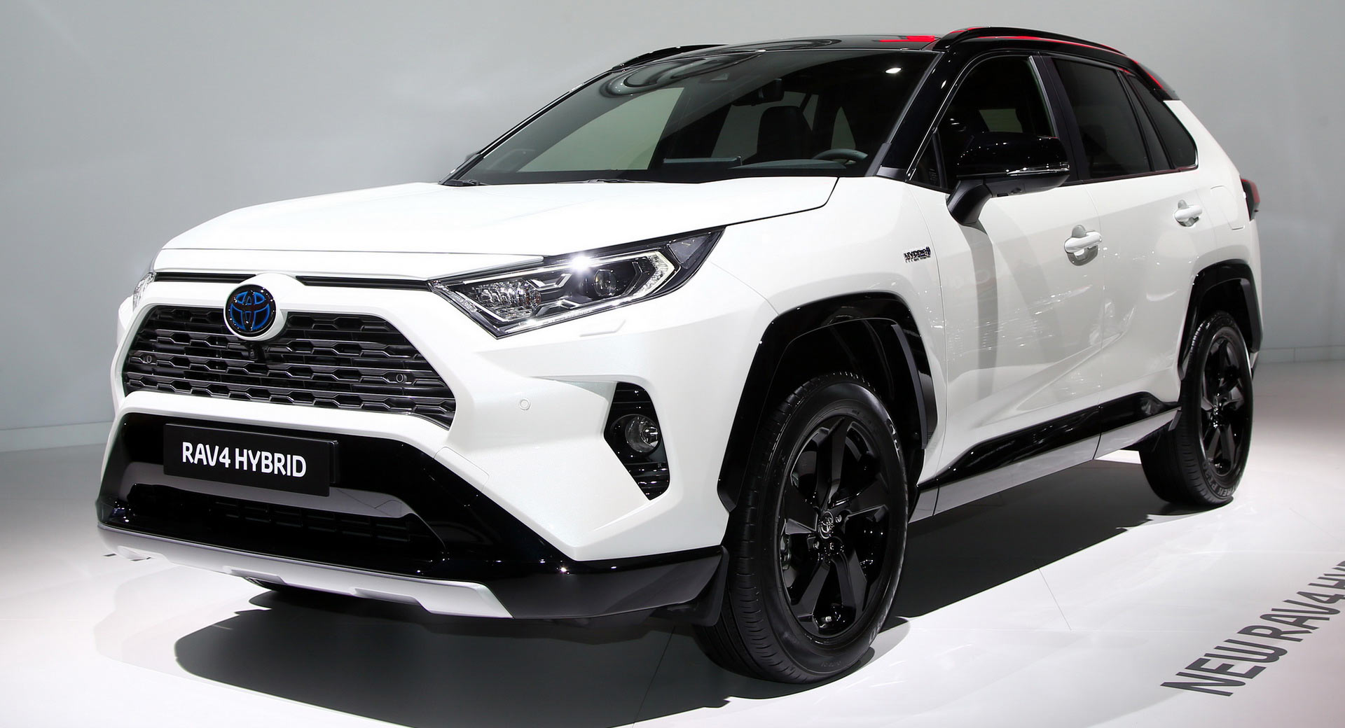 europe 39 s 2019 toyota rav4 hybrid debuts in paris with 219 horses carscoops. Black Bedroom Furniture Sets. Home Design Ideas