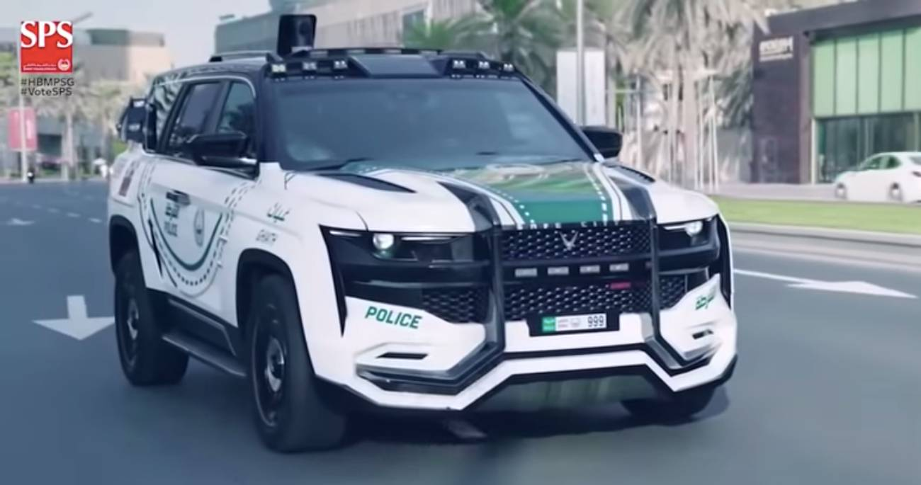 Dubai Police's Giath SUV Is The Most Advanced Patrol Car ...