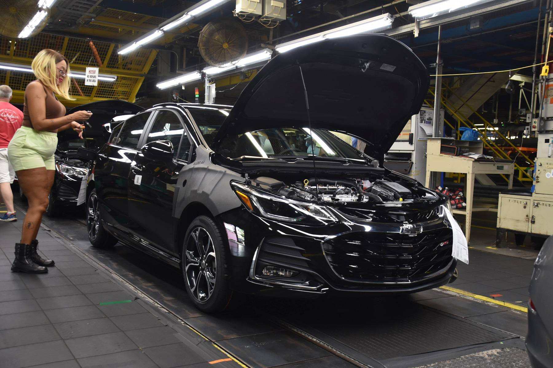 GM to slash 14K jobs in North America, could close 5 plants