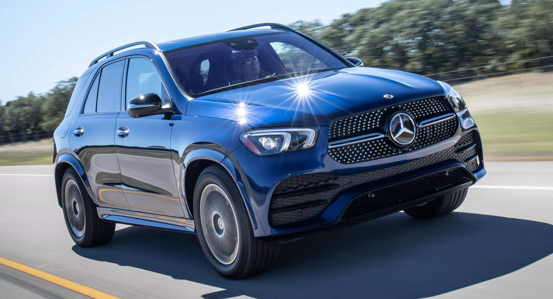 2020 mercedes benz gle priced from 53 700 arrives in spring 2019 carscoops. Black Bedroom Furniture Sets. Home Design Ideas
