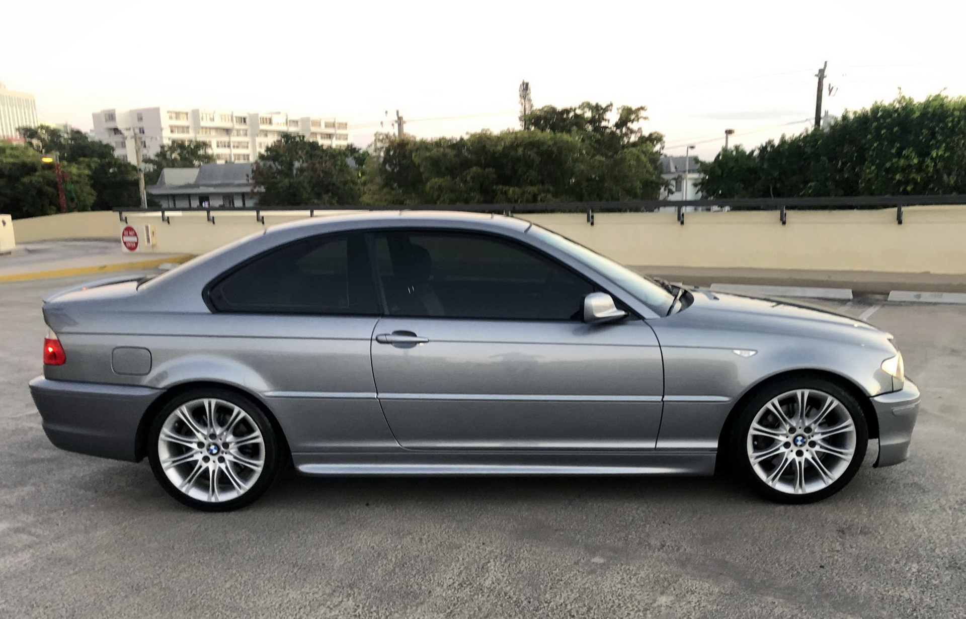 Looking For The E46 Sweet Spot 2004 Bmw 330ci Zhp