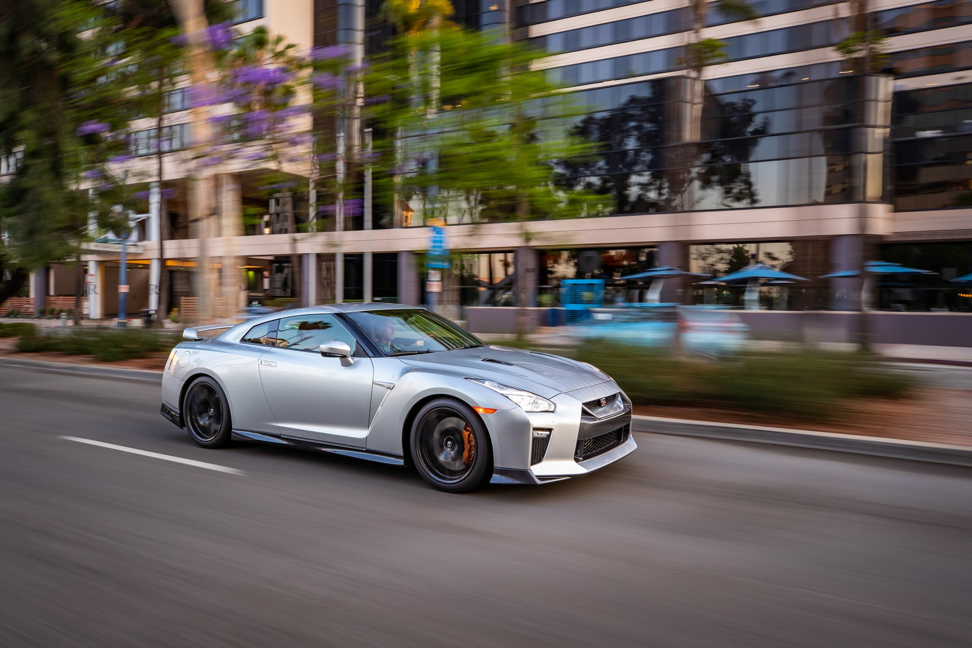 2019 Nissan GT-R Lands In U S  Dealerships For A Tad Under