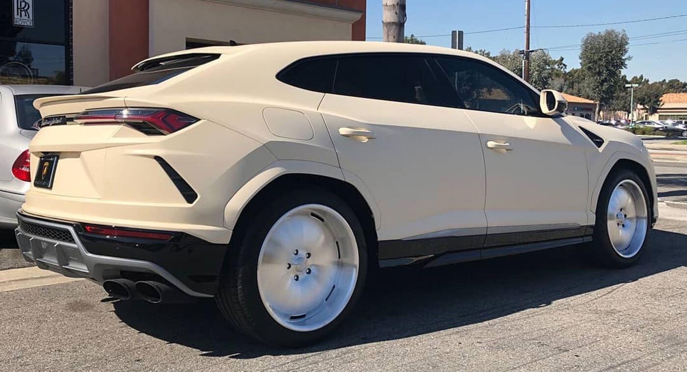 Kanye West S Lamborghini Urus Looks Like A Pimped Up German Taxi