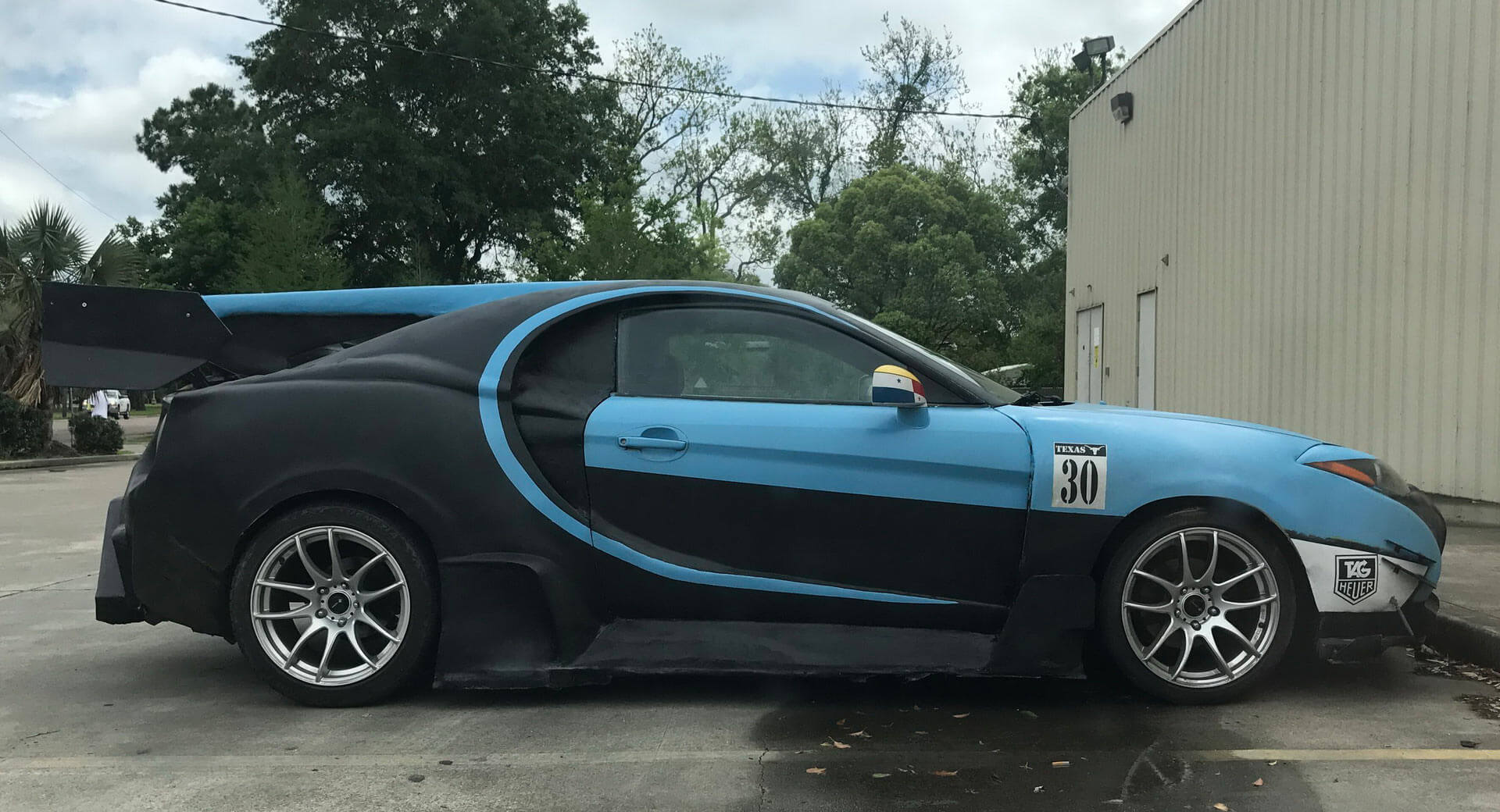 this bugatti chiron looks really unwell because it 39 s a hyundai carscoops