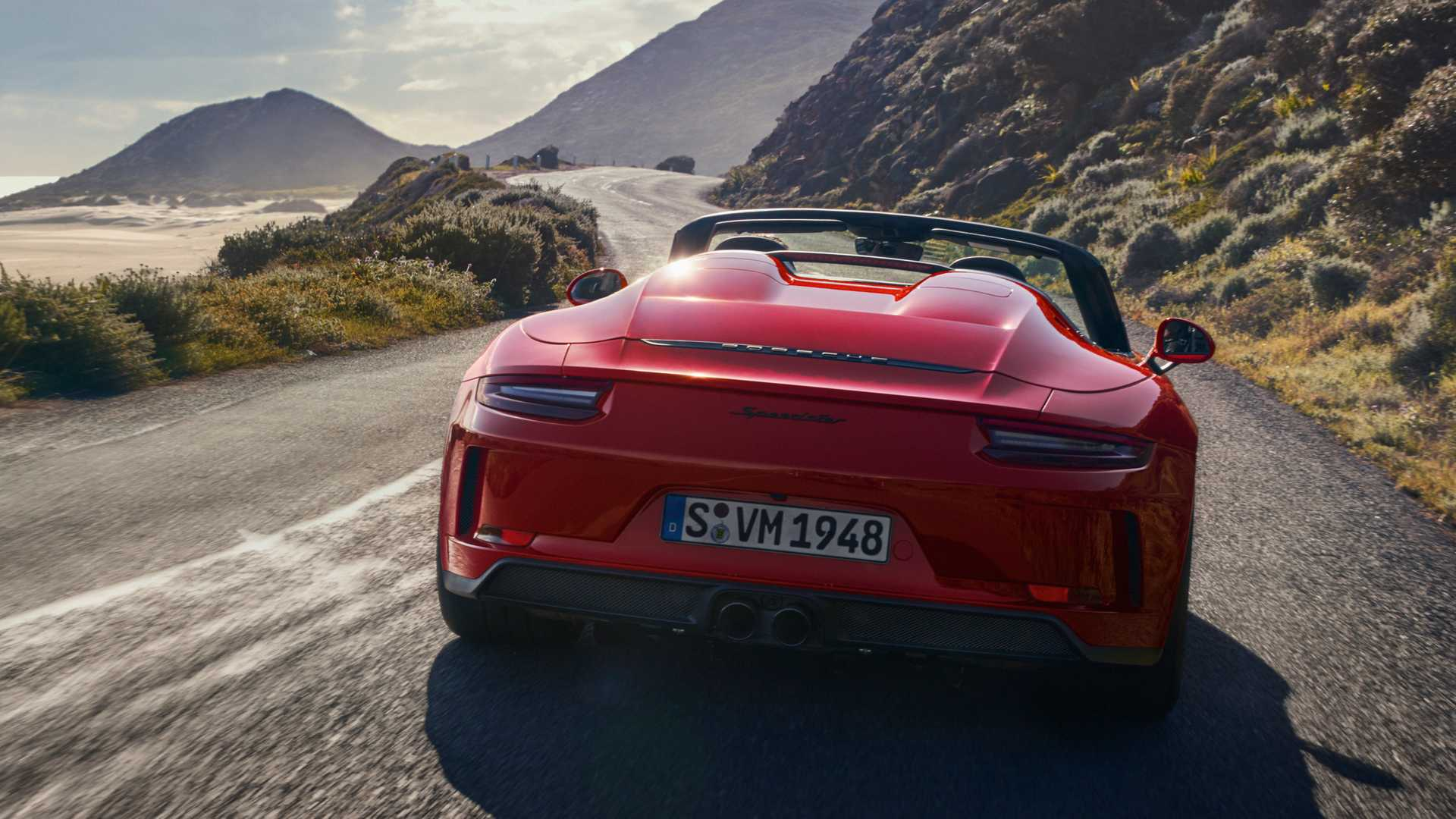 Porsche 911 Speedster debuts - 1,948 units only