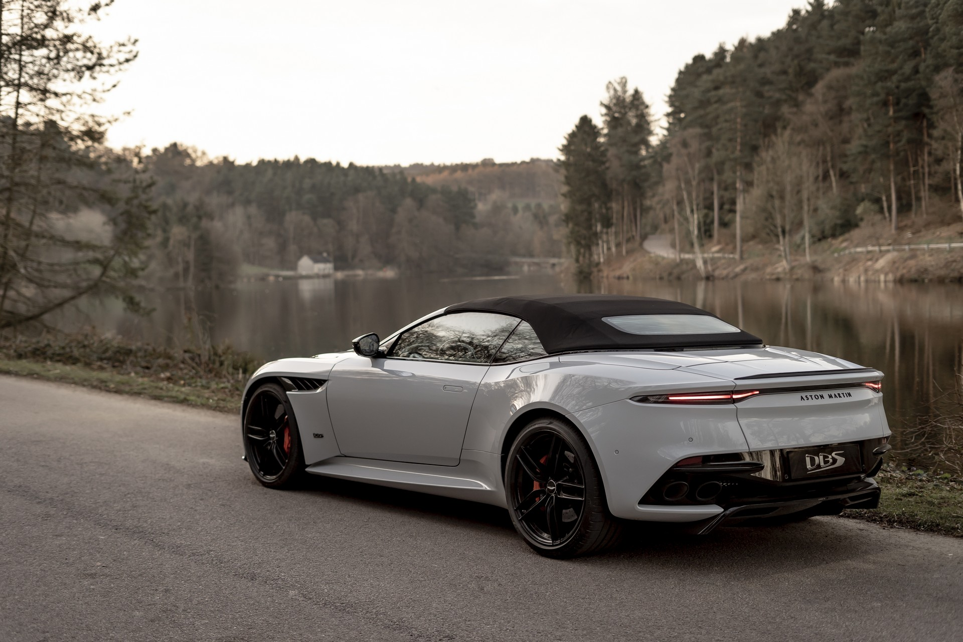 Aston Martin unveils the DBS Superleggera Volante, its fastest convertible yet