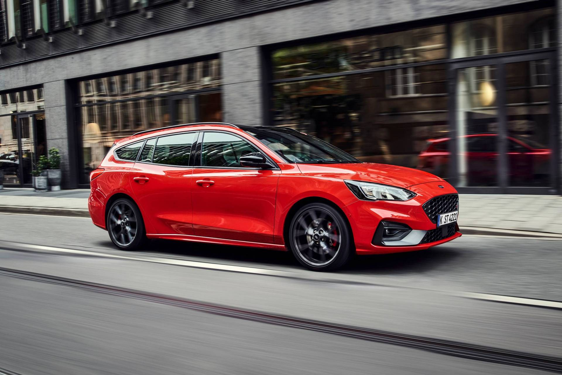 Ford Focus ST Wagon 2019 - ảnh 2