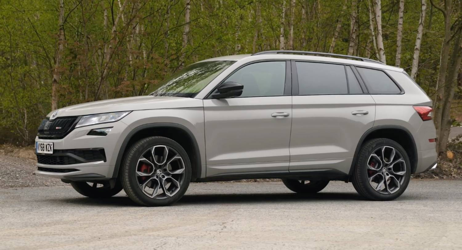 2020 skoda kodiaq rs is aimed at a rather narrow target group carscoops. Black Bedroom Furniture Sets. Home Design Ideas