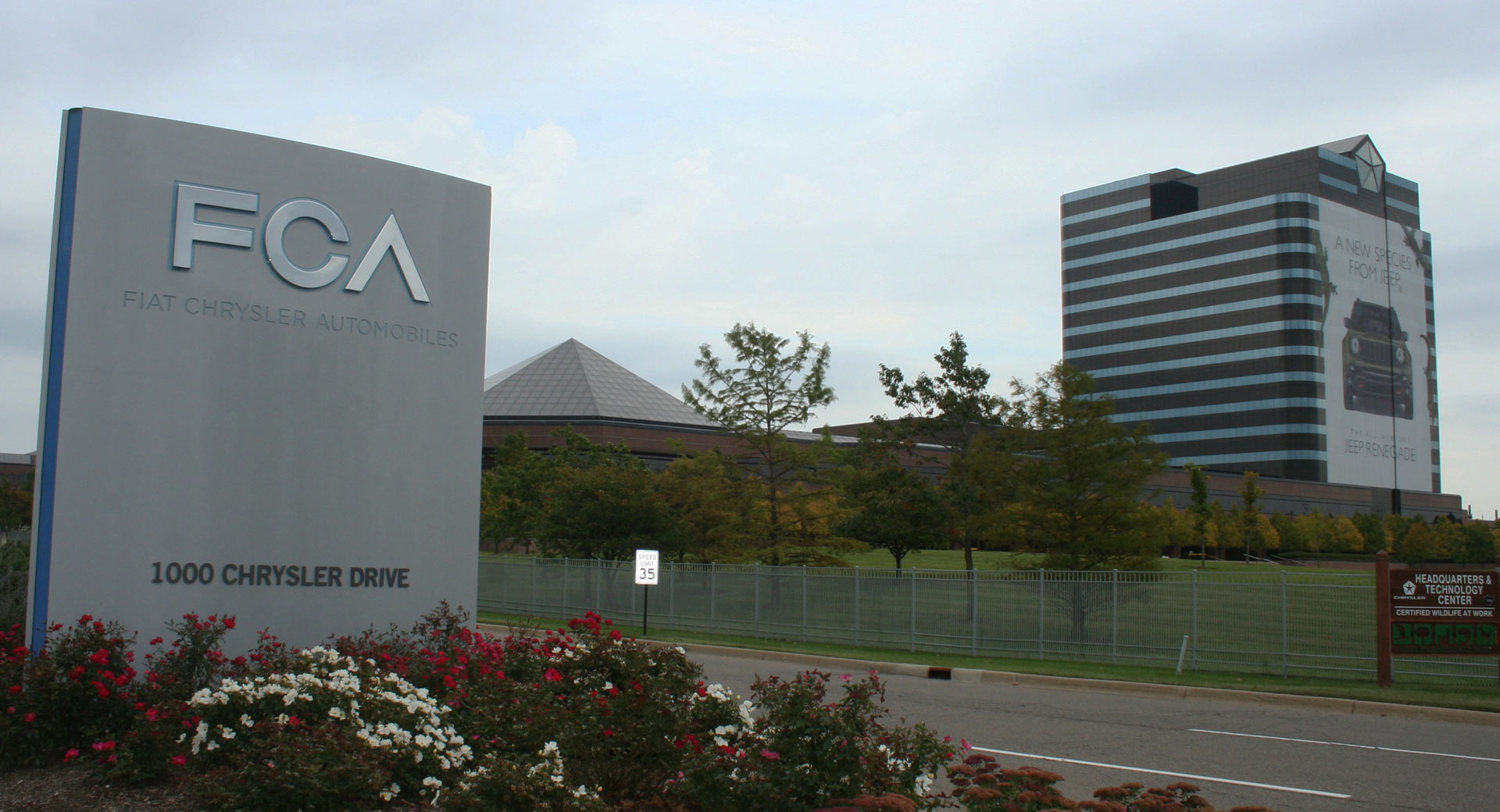 Fiat Chrysler partners with Aurora on self-driving tech