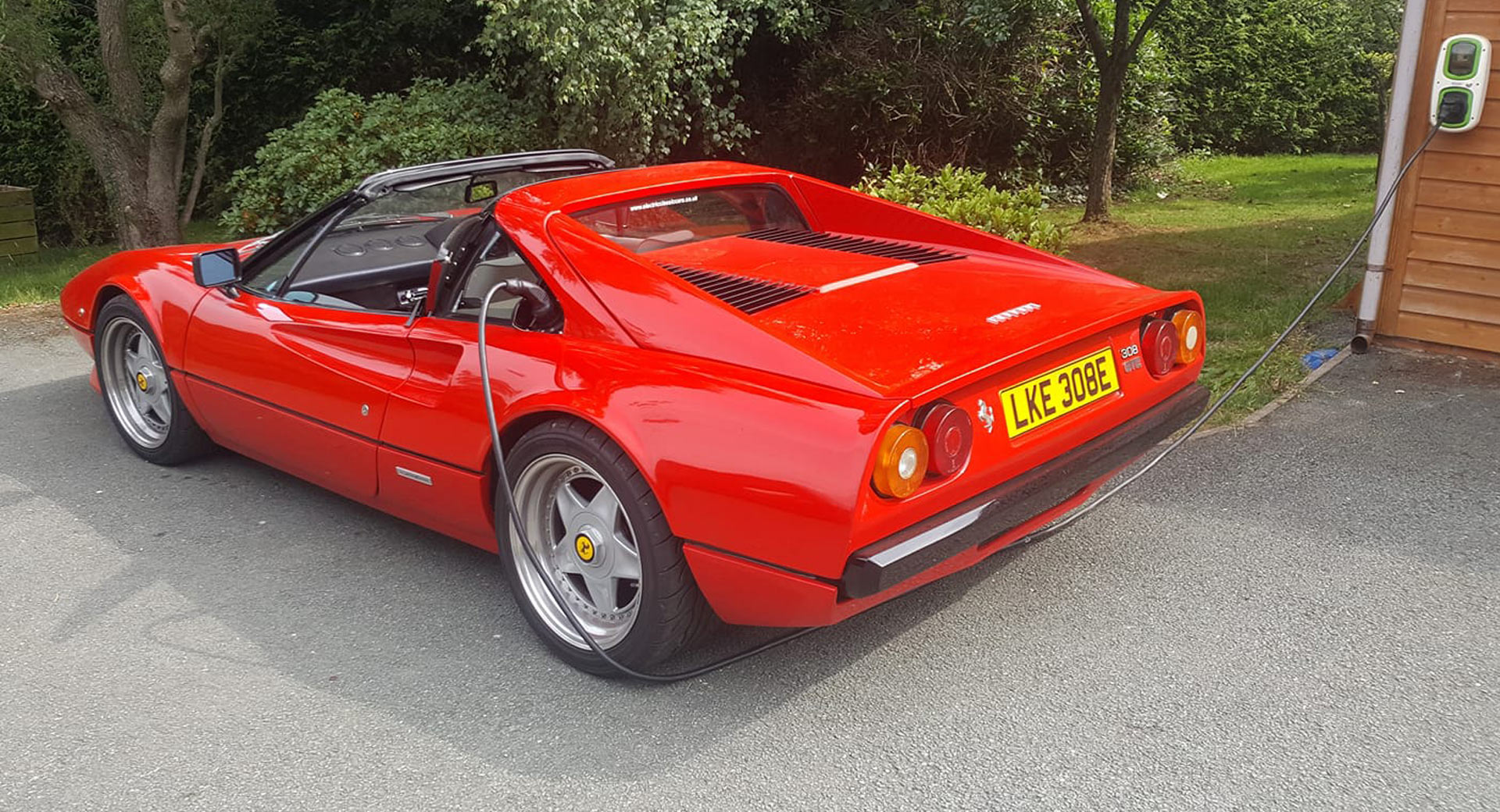 Old Ferraris Jags And Porsches Have Their Engines Swapped For Electric Powertrains Carscoops