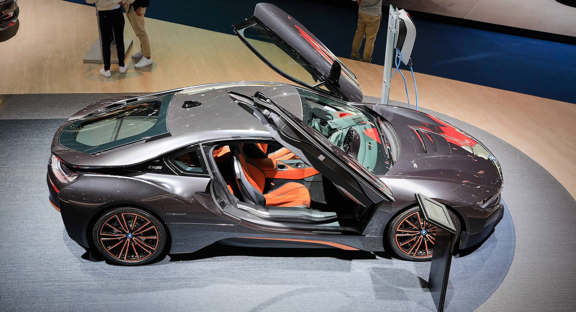Bmw I8 Ultimate Sophisto Is The Sports Car S Last Hooray Before Bimmer Pulls The Plug Carscoops
