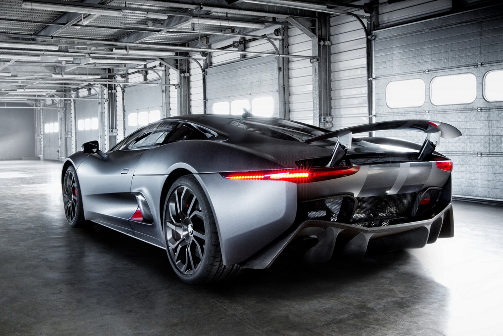 X75 Supercar Could Return As F-Type Successor, Mid-Engined Layout Possible