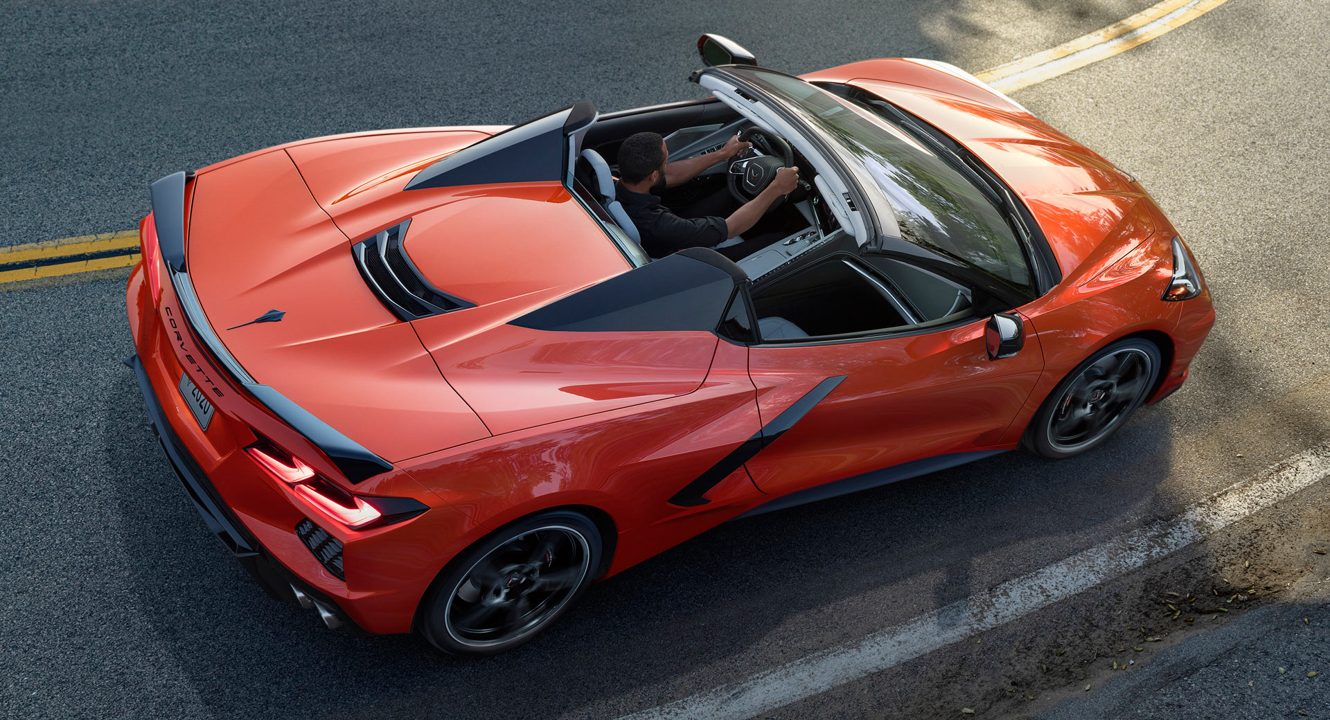 2020 chevrolet corvette stingray convertible arriving in