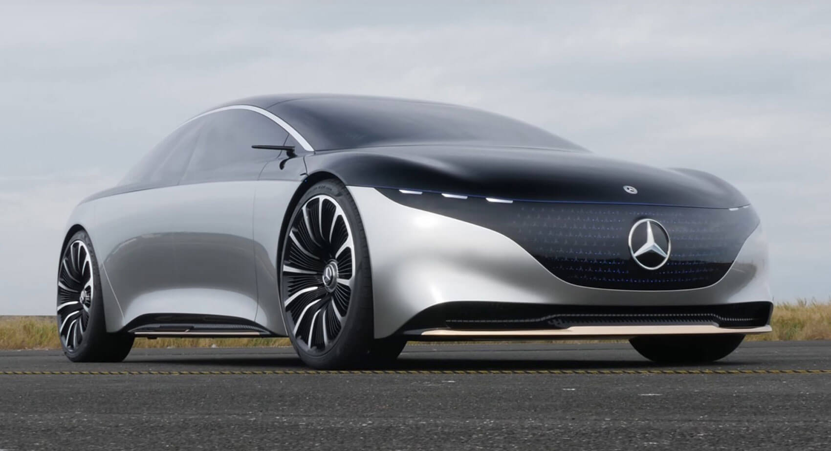 Driving The Mercedes-Benz Vision EQS Concept Feels Like ...