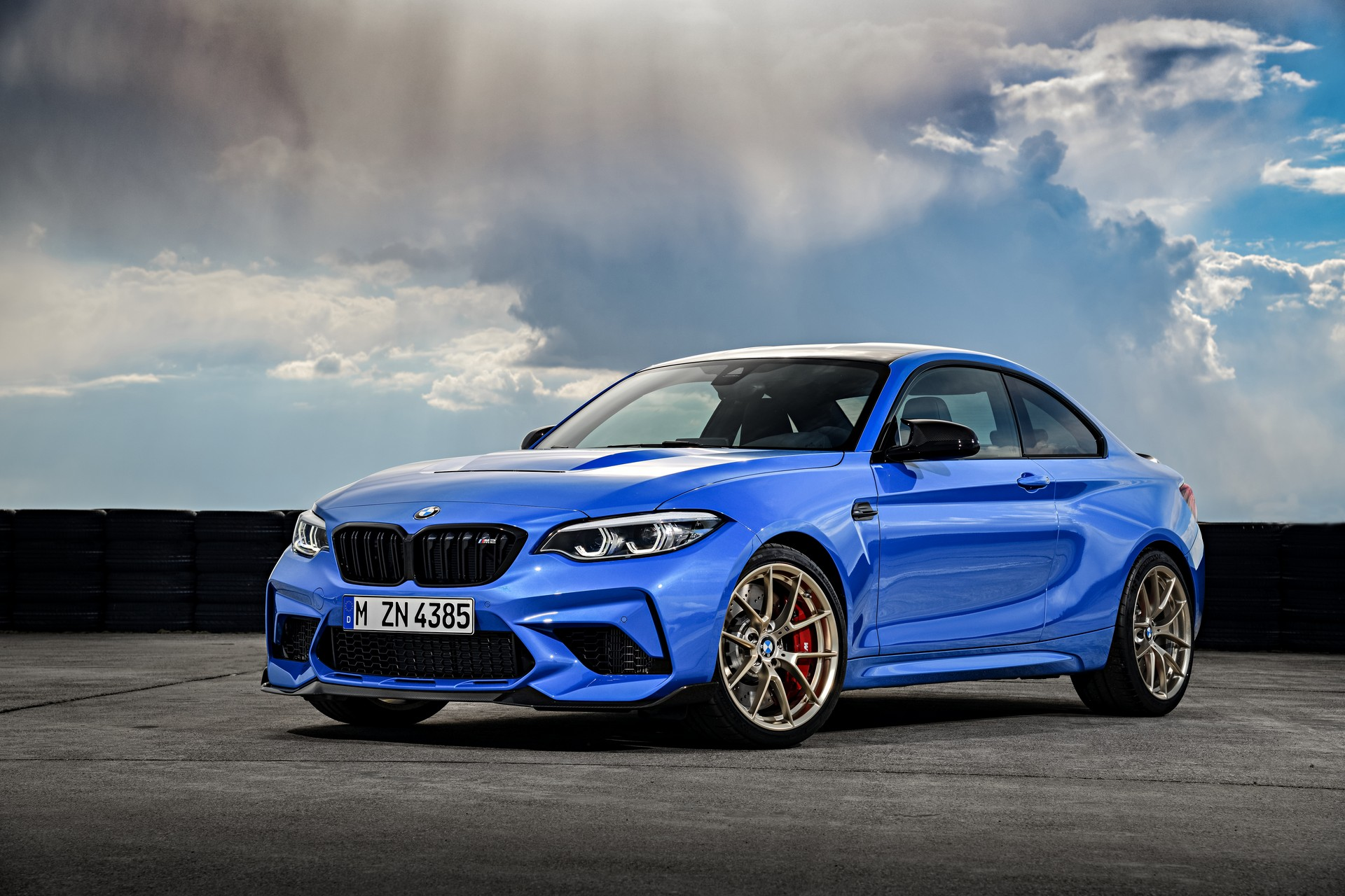 493fa4bd-2​020-bmw-m2​-cs-4