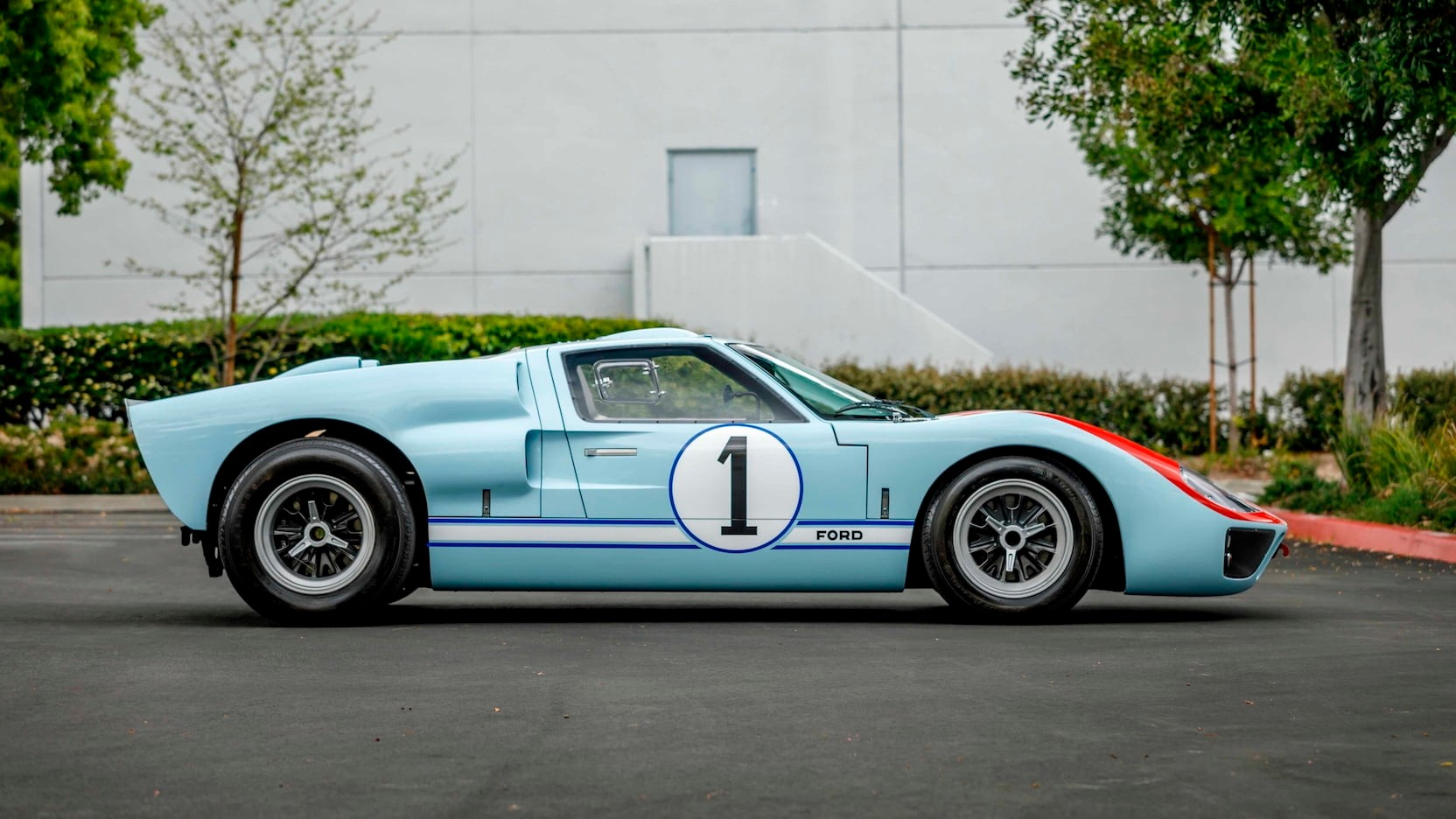Gt40 Starring In Ford V Ferrari Can Get From Hollywood To Your Driveway Carscoops