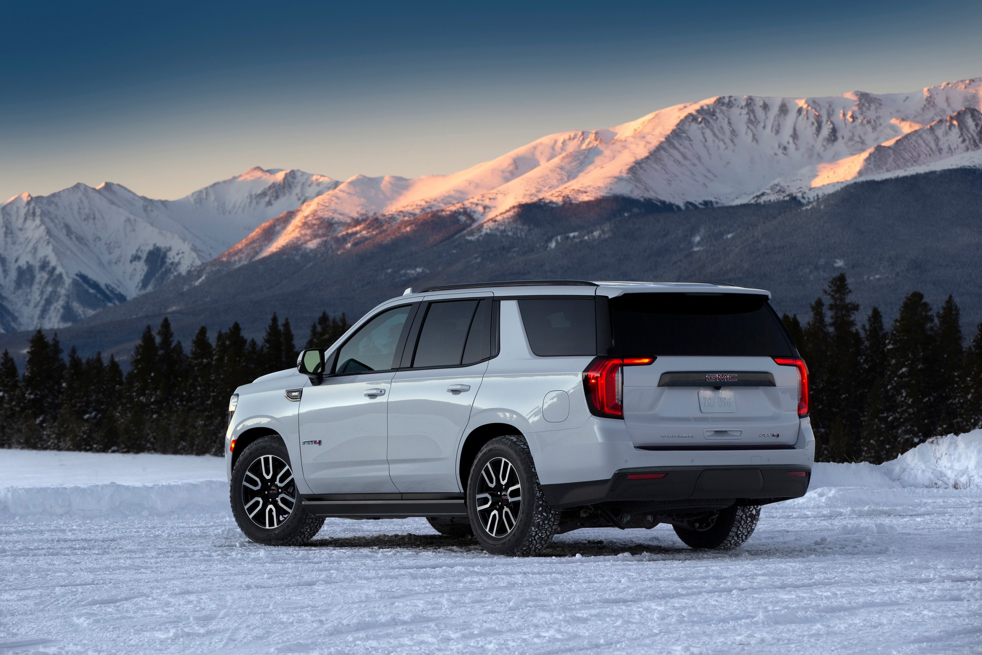 2021 GMC Yukon Is All-New From The Ground Up, Gains Rugged ...