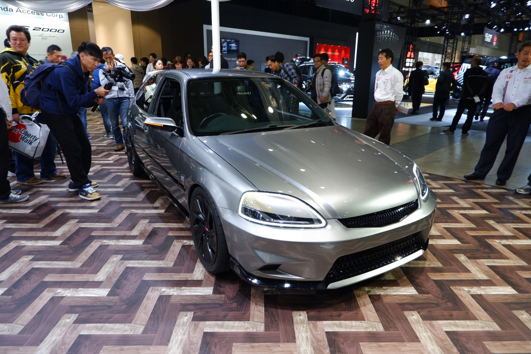 Honda S Civic Cyber Night Japan Cruiser 2020 Is A 1997 Civic Type R Ek9 Restomod Carscoops