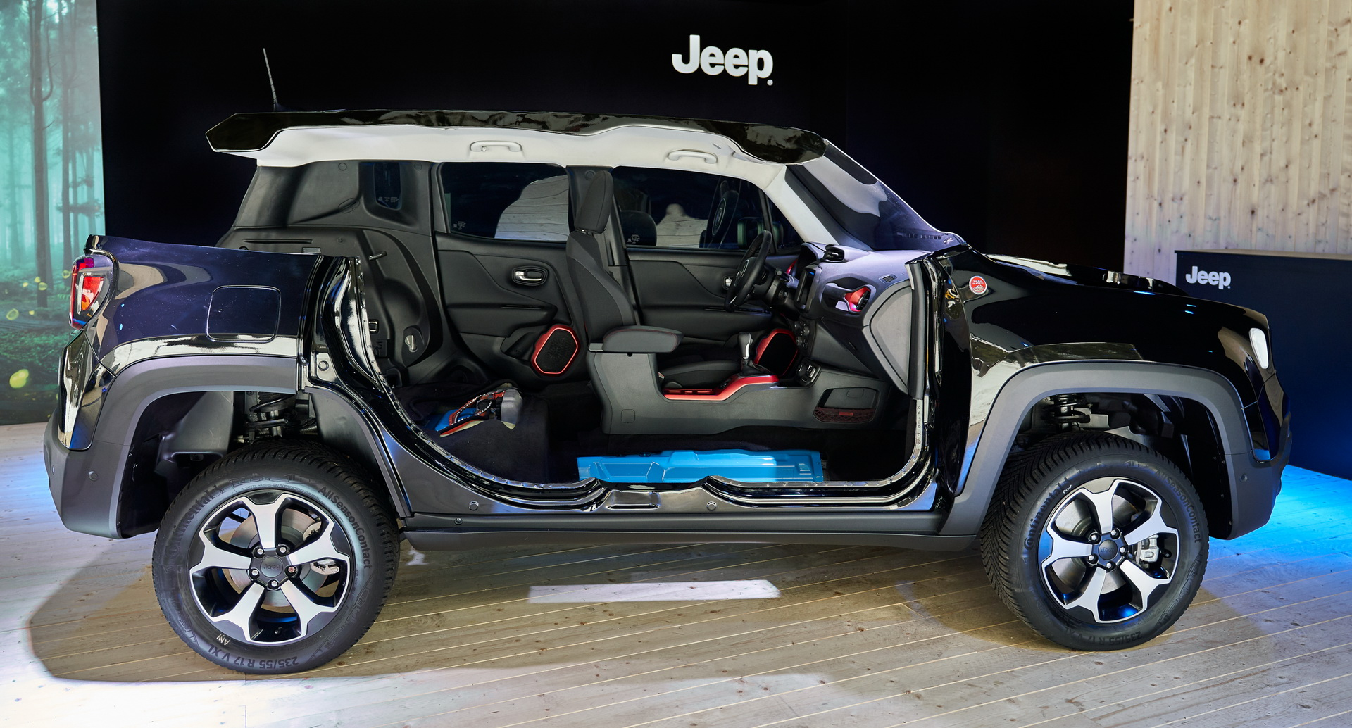 Jeep Launches Plug In Hybrid Renegade Compass 4xe First Edition