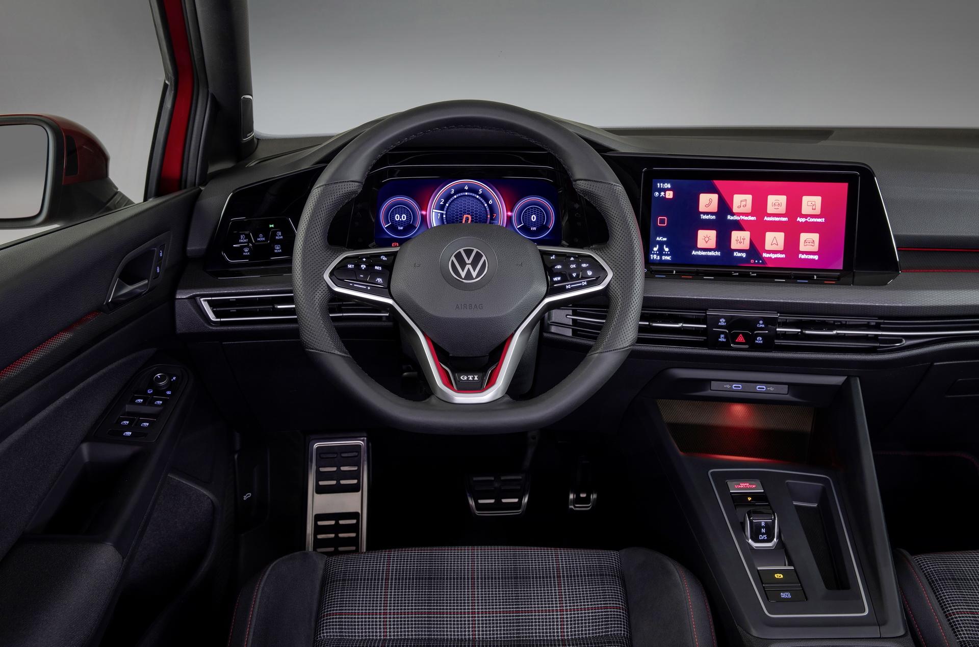 2021 Volkswagen Scirocco Pictures