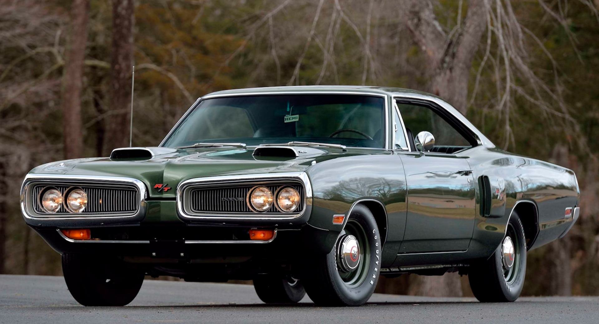 What A Beaut 1970 Dodge Hemi Coronet R T Is One Of Just Four Units Carscoops