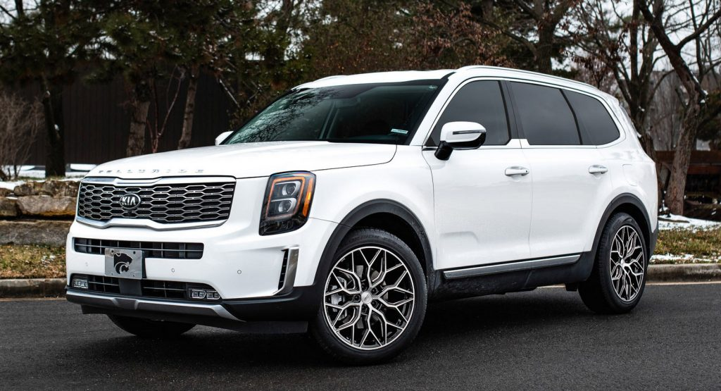 pimp my kia 2020 telluride strapped with 20 custom wheels carscoops pimp my kia 2020 telluride strapped