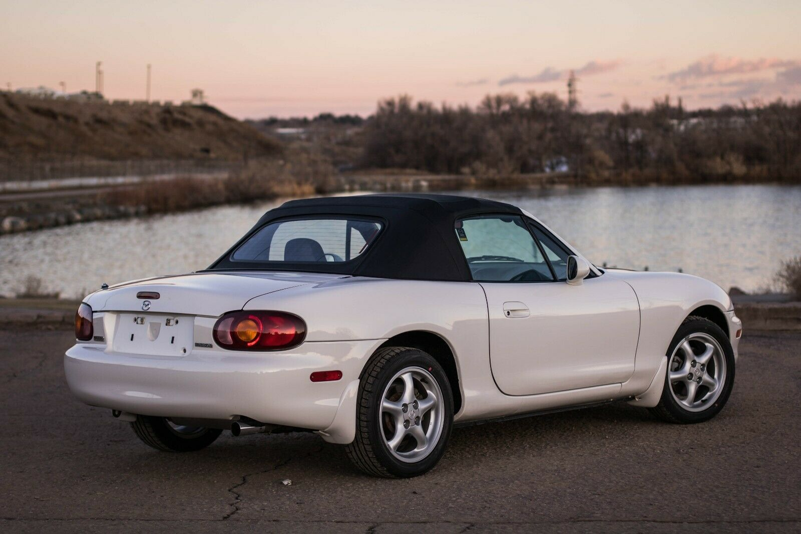 Kelebihan Mazda Mx5 2000 Harga