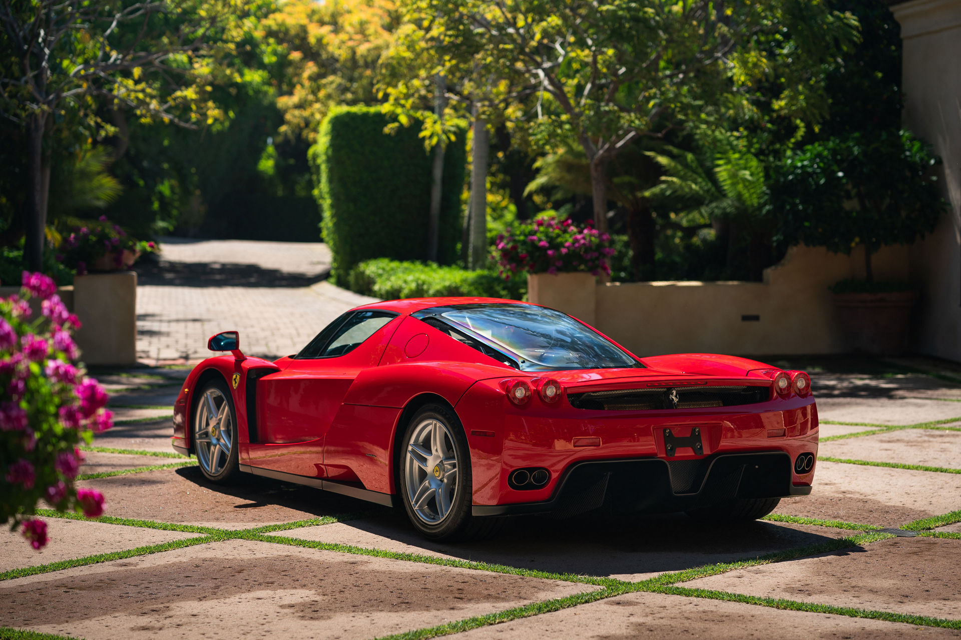 Ferrari Enzo Sets Record For The Most Expensive Car Sold In Online Only Auction Carscoops