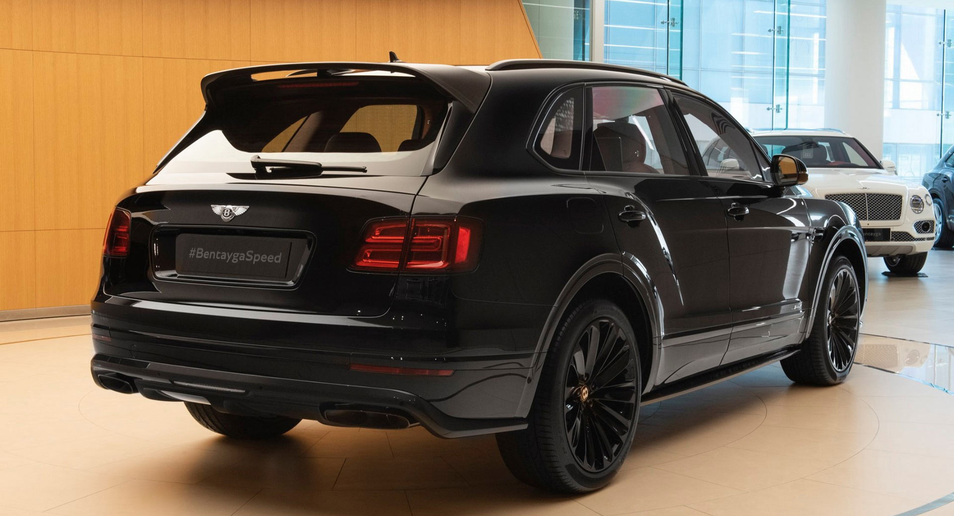 All Black Bentley Bentayga Speed Is How The World S Fastest Suv Stays Inconspicuous Carscoops