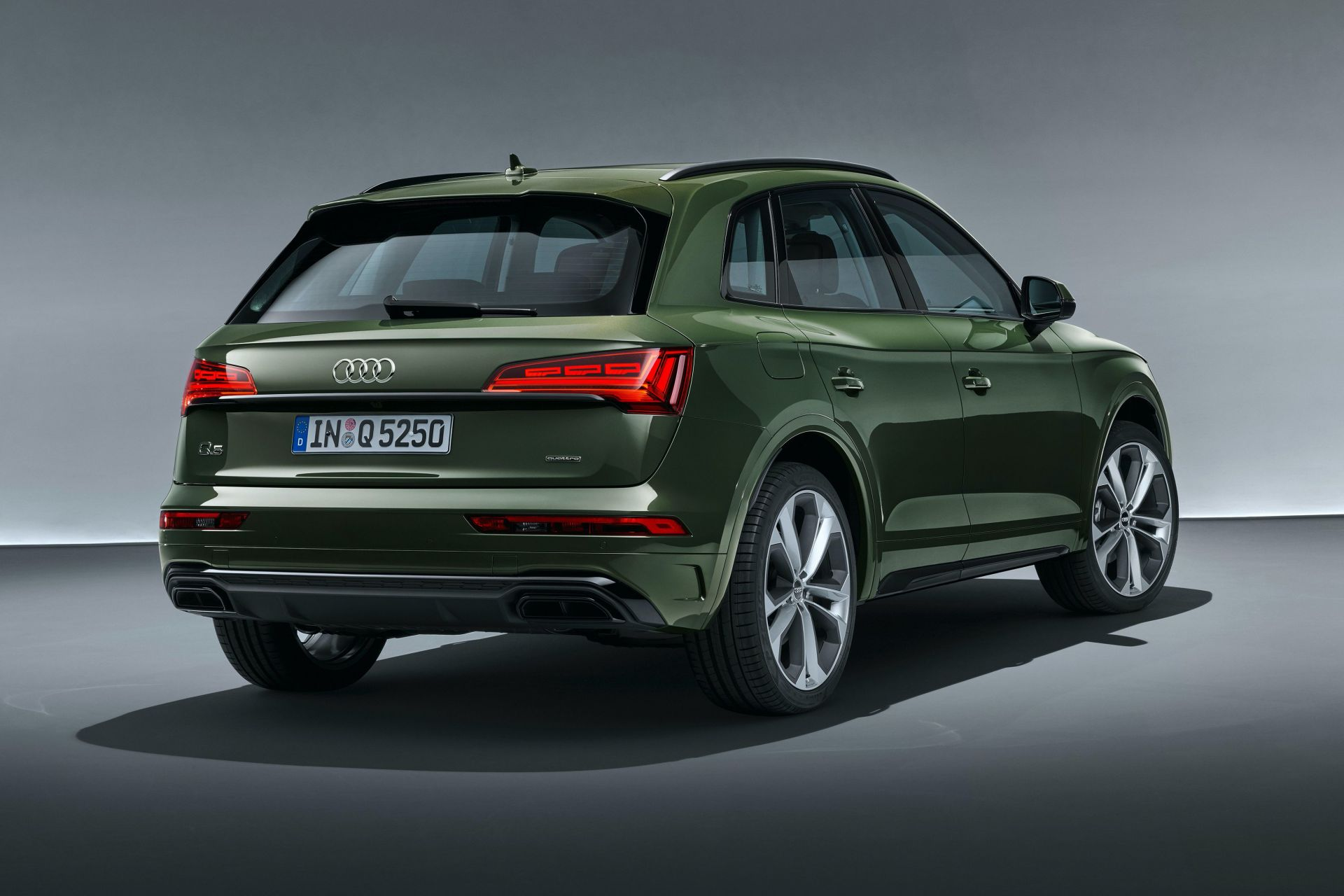 2021 Audi Q5 Facelift Breaks Cover With Sharper Design ...