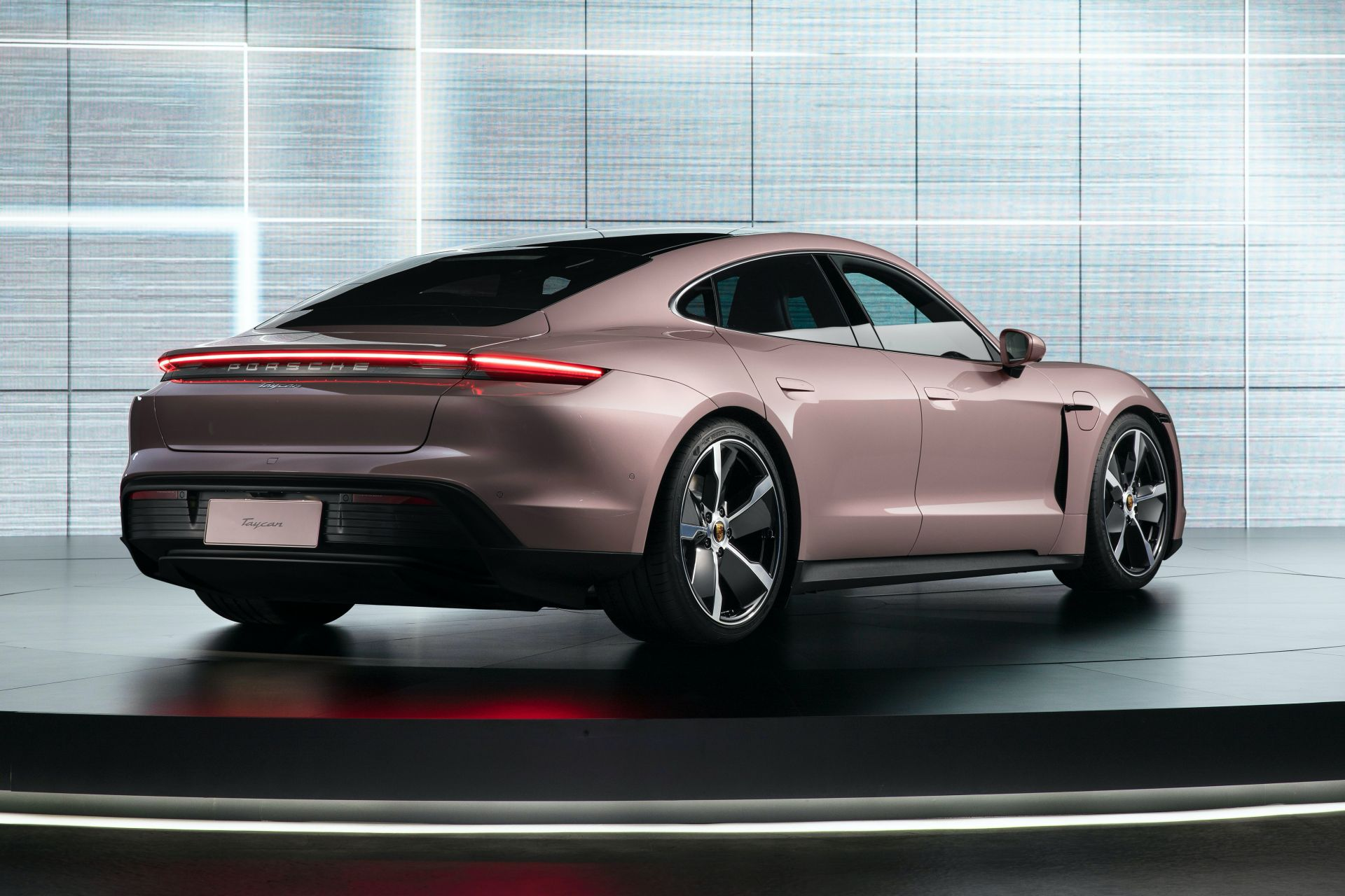 More affordable rear-wheel-drive Porsche Taycan lands in China
