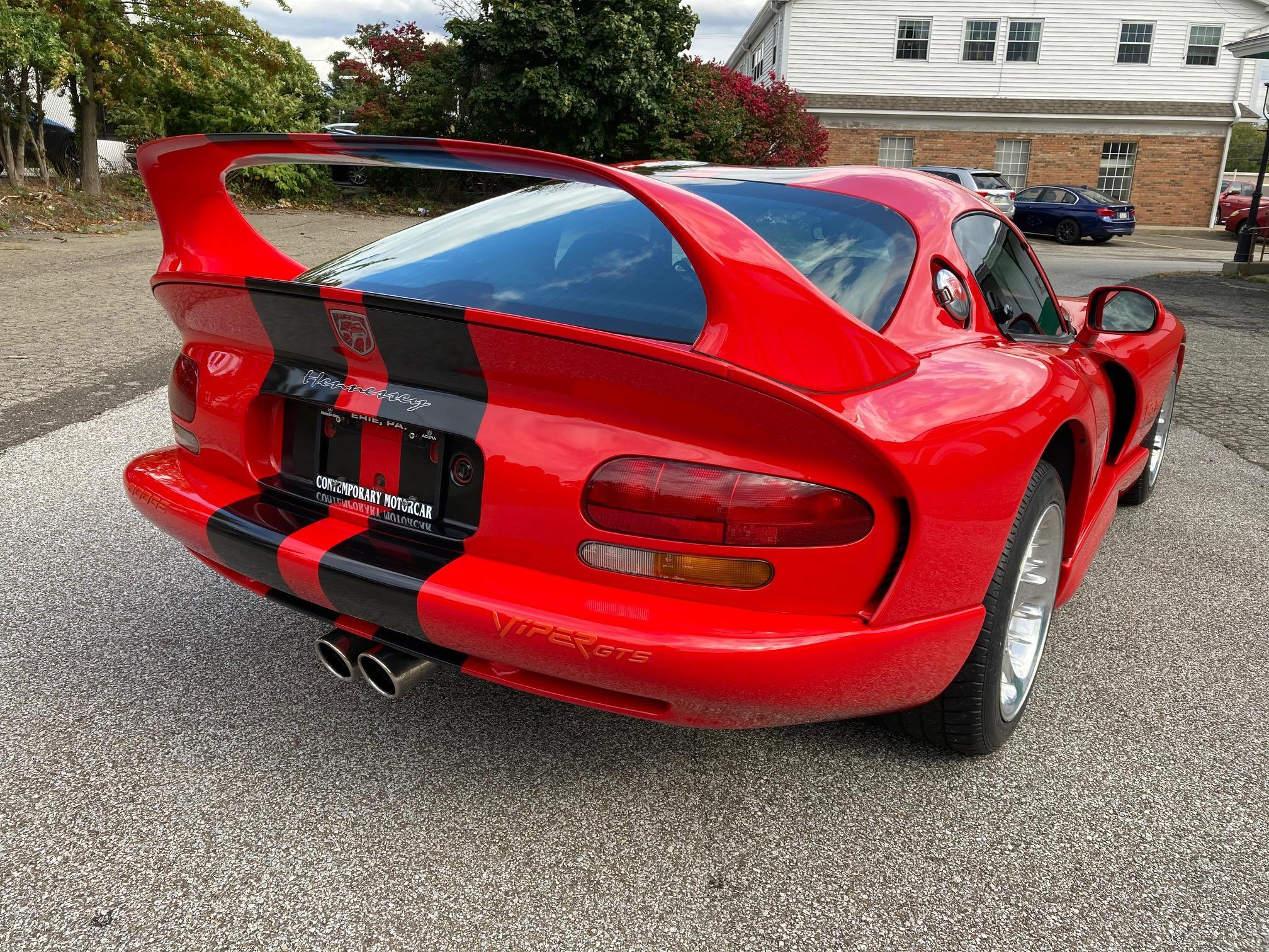 Take A Trip Down Memory Lane With This 1997 Dodge Viper Tuned By Hennessey Carscoops